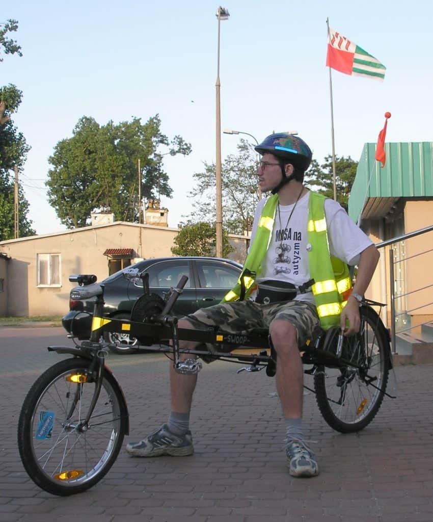 Pierwszy właściciel na rowerze
